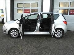 Opel-Meriva-10