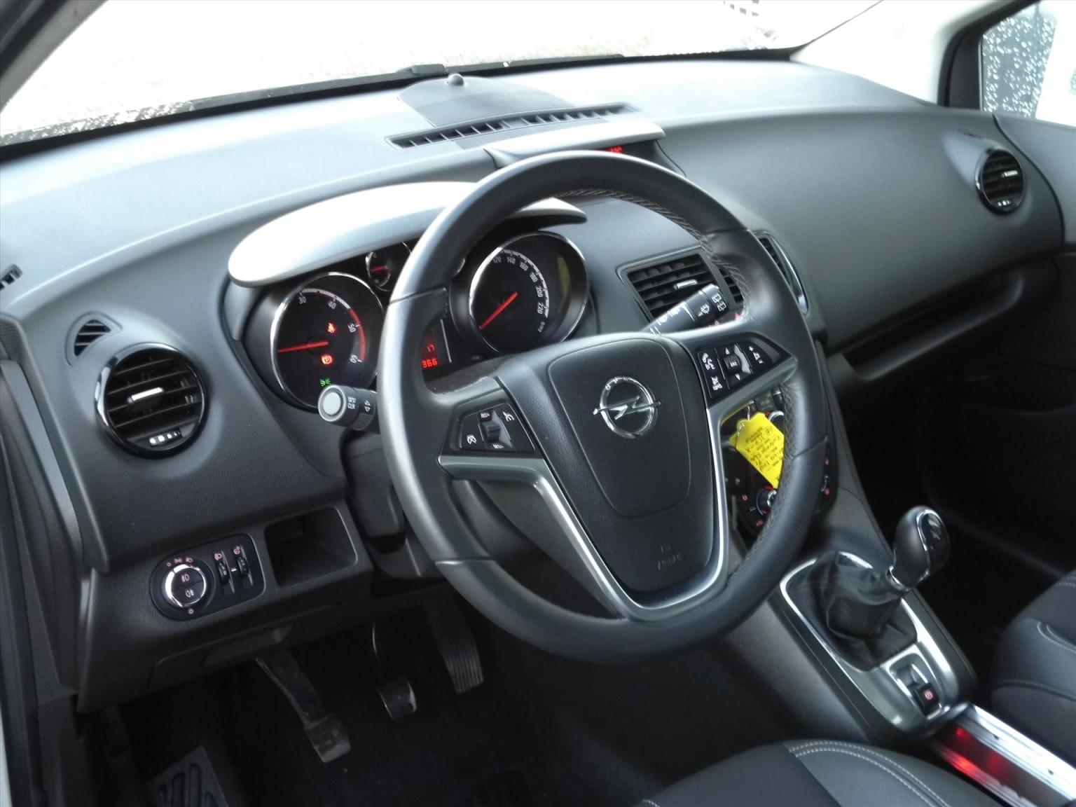 Opel-Meriva-6