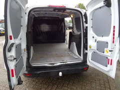 Ford-Transit Connect-6
