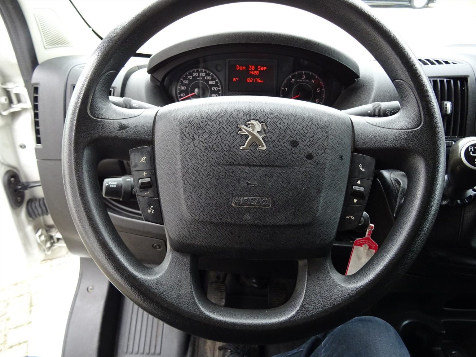 Peugeot-Boxer-8